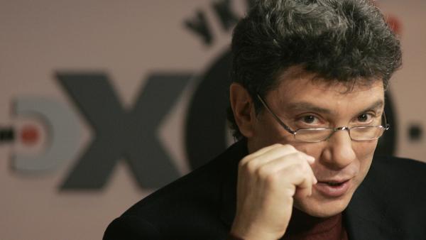 l'opposant russe Boris Nemtsov abattu en plein centre de Moscou