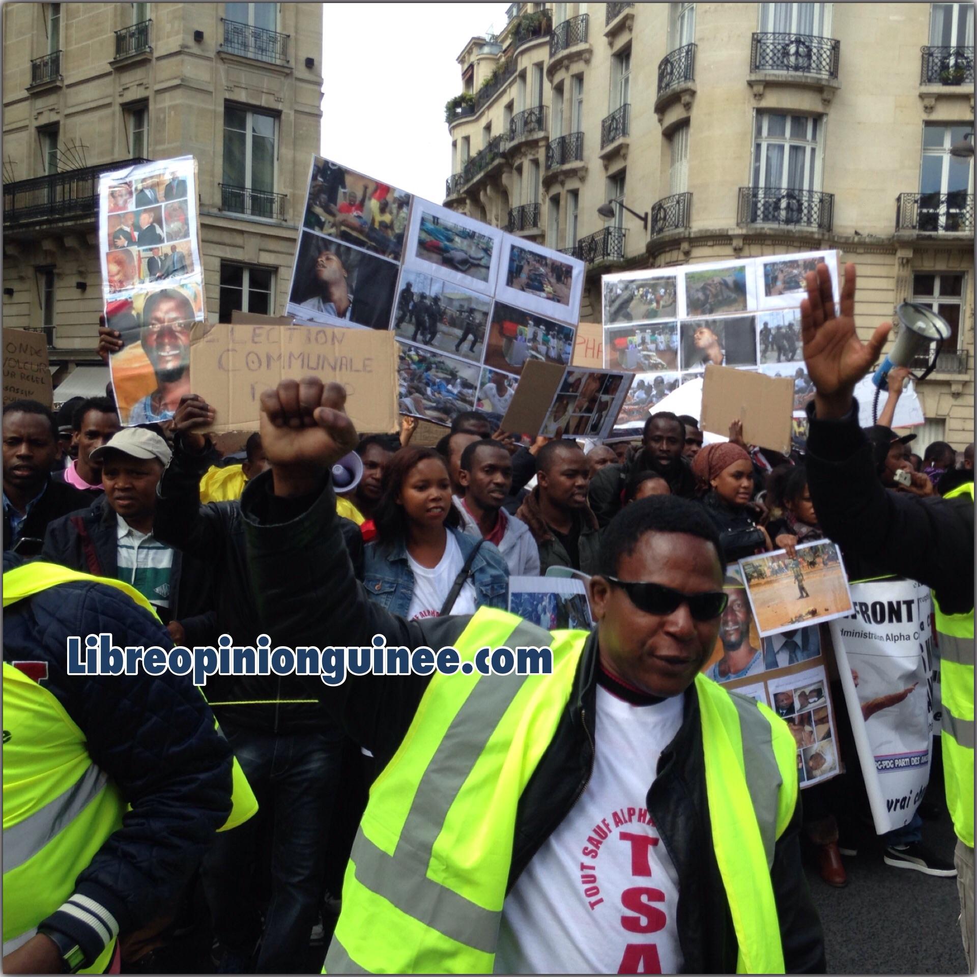 Photo manifestation des guinéens à Paris