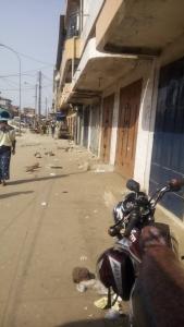 Grève illimité marché Madina fermer