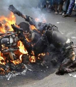 Hommes brûlée à N'zerekore guinee