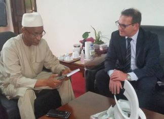 Cellou Dalein et Laurent Favier ambassade france
