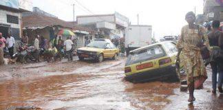 Taxi conakry route dégradé