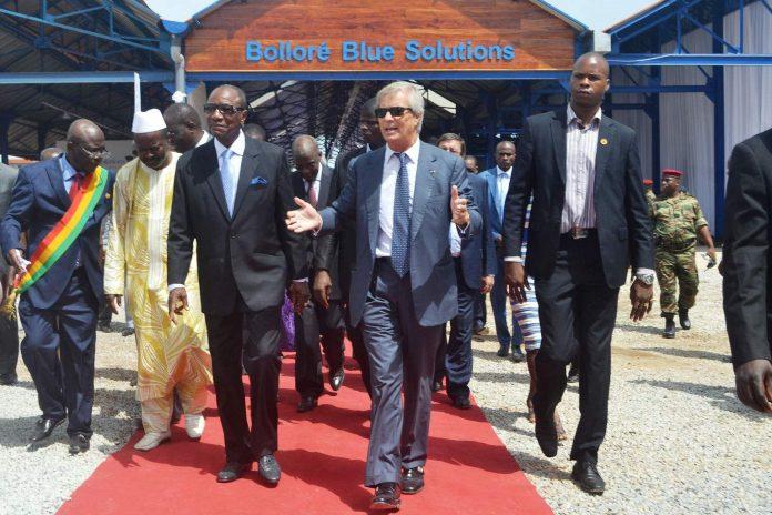 image Vincent Bolloré et Alpha Conde à Conakry