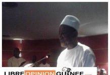 Alpha Condé , président de la république de Guinée devant la presse
