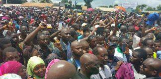 Meeting de l'opposition à Matoto Guinée