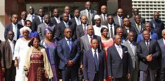 Gouvernement Guinéen au complet avec Alpha Condé