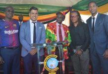 Patrick Kluivert, Robert Mugabe et Davids au Zimbabwe