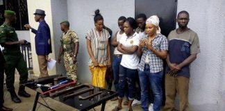Bandits guinée, dont des femmes