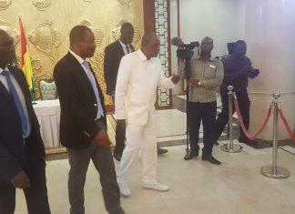 Tibou kamara et Alpha Condé au palais sekhoutoureya
