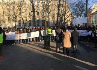 Manifestations des Guinéens de France contre le journaliste François Soudan de Jeune Afrique