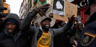 Madrid, Espagne , des Africains manifestent
