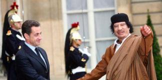 Colonel Kadhafi et Nicolas Sarkozy à l'elys