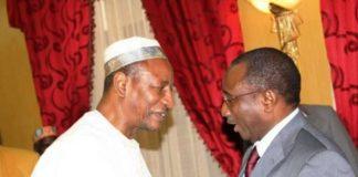 Sidya Touré, leader de l'Union des Forces Républicaines (Guinée) et Alpha Condé président de la République de Guinée