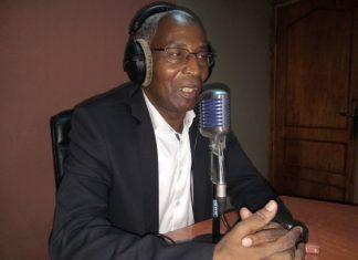 Bah Oury ufdg renouveau dans une Radio