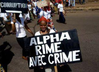 Manifestations des femmes contre le régime d'Alpha Condé