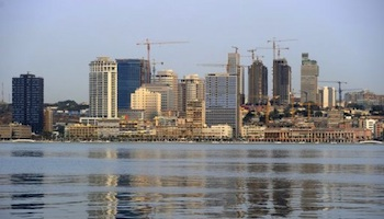l'Angola à la recherche de 10 milliards de dollars