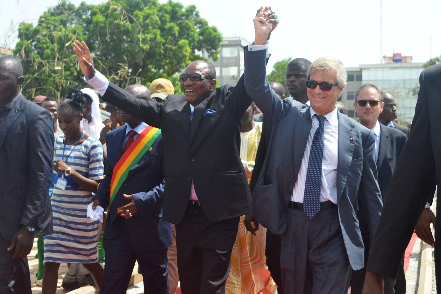 Alpha Condé et Vincent Bolloré à Conakry