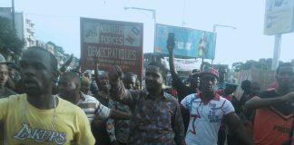 Mouctar Diallo en meeting à Bambeto