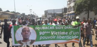 Cortège funèbre de Boubacar Sidy Diallo tué par un gendarme en guinée