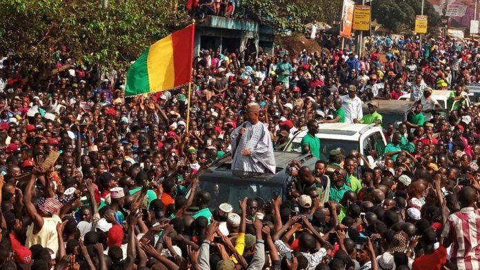 Cellou Dalein Diallo président de l'union des forces démocratiques de Guinée (Ufdg) lors des obsèques de ses militants tués à Bambeto