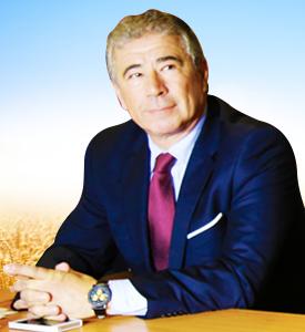 le directeur général de la SOBRAGUI , Arisky Azzoug.