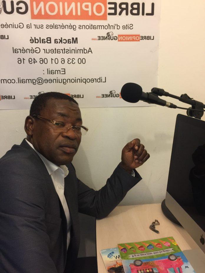 Elhadj Papa Koly Kourouma, ancien ministre de l'énergie et président du parti GRUP au siège de libreopinionguinee à Paris