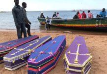 Ferry chaviré: la Tanzanie enterre ses morts