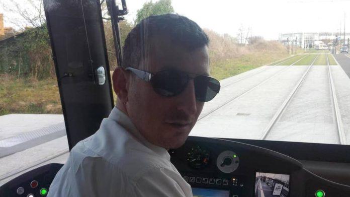 Ali Unlu était chauffeur de bus pour Fil bleu depuis 2011. Tué pour une place de Parking Tour
