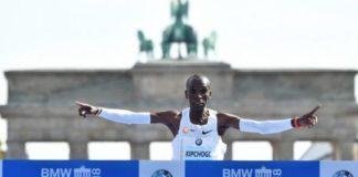 Marathon de Berlin : le Kényan Eliud Kipchoge pulvérise le record du monde