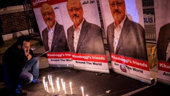 Manifestation en hommage à Jamal Khashoggi devant le consulat d'Arabie saoudite à Istanbul, le 25 octobre 2018.