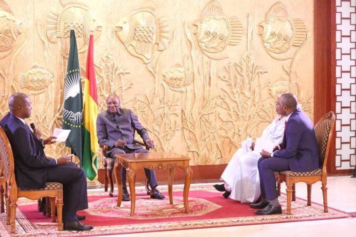 Guinée : Le président Alpha Condé face à la presse nationale ce mardi 09 octobre 2018 (interview vidéo)
