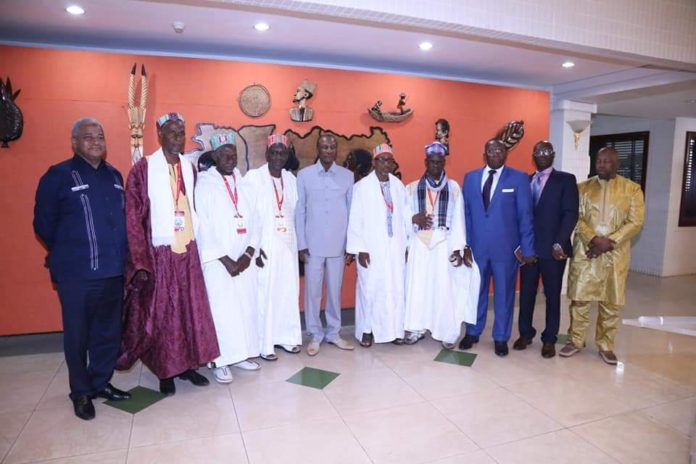 Les imams du Foutah, chez le président Alpha Condé au palais Sékhoutouréya