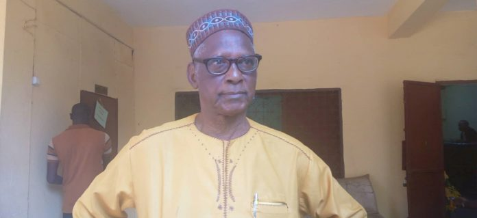Thierno Souleymane Diallo du groupe lynx lance