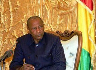Le président Alpha Condé au palais Sékoutoureya