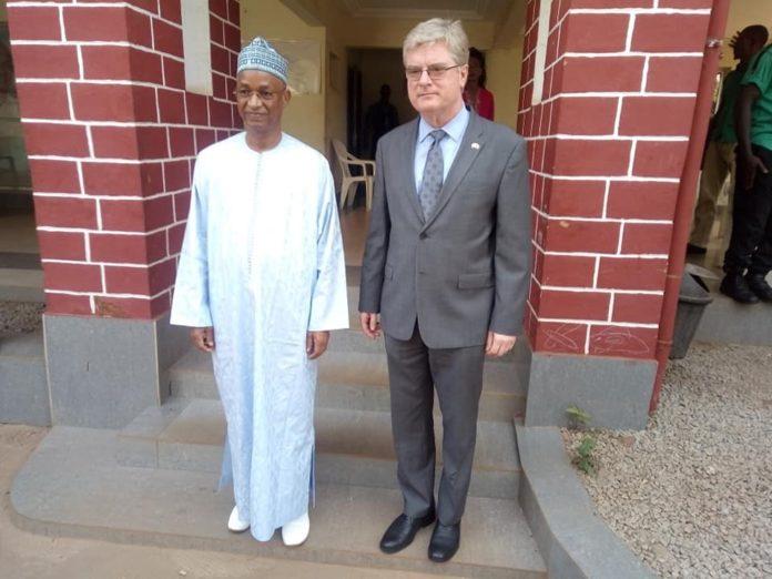 Cellou Dalein Diallo et le nouvel ambassadeur des États Unis en Guinée