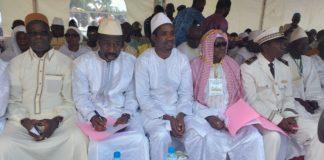 Mouctar Diallo ministre de la jeunesse et de l'emploi des jeunes à l'inauguration de la mosquée de Kissidoudougou