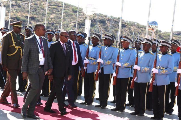 Le président Alpha Condé en Namibie