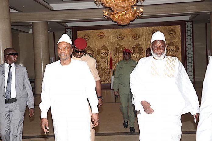 Le président Alpha Condé et le grand imam de Conakry Elhadj Mamadou saliou camara