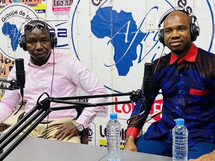 Macka BALDE vice-président des NFD et DGA de l'ANVJ sur la Radio Sabari FM